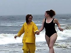 Thin And Chubby Girl Having Sex
