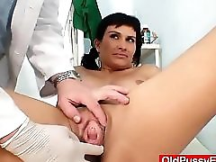 Busty Milf Valentina Rush Pussy Exam With Fingers