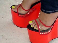 Red Mules Estefania