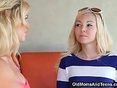 Mom Reveals Her Lesbian Secret