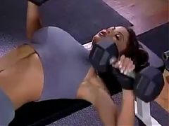 Sexy Chick In The Gym