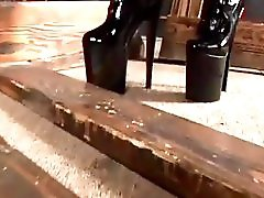 Shemale Dominatrix Noose Video Productions