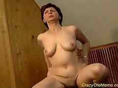 Crazy Old Mom Gets Fucked Hard Sucking That Big Cock