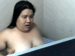 Chubby Filipina Mom Rowena Sotito Shows Sucks Her Tits