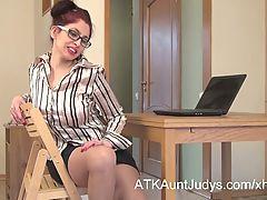 Milf Karolina Strips Out Of Her Stockings