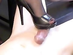 Mistress Shoejob And Worship