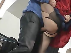Housewife Fuck Before We Leave Home