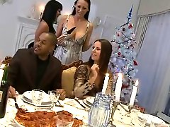 A Christmas Dinner With Orgy!
