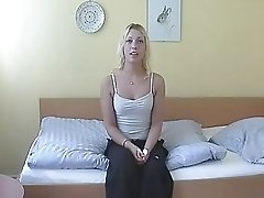 D86 Amateur Teen Heidi From Denmark 1st Time On Cam