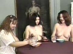 Lactamanija Hoot 3 Girls In Brakefast