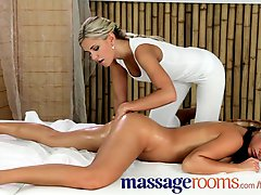 Massage Rooms Ripe And Busty Teen Gets Her Tight Slit Opened In Lesbian 69