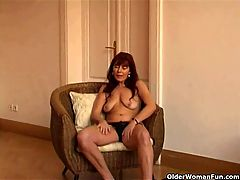 Saggy Granny Sara Works Her Hairy Pussy With A Vibrator