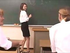 Japanese Teacher F70