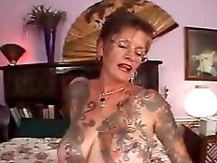 Heavy Tatttooed Granny Fucked In Her Old Tattoo Pussy